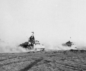 Brit tanks in El Alamein
